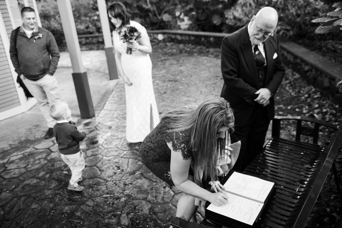 Beacon Hill Park Pop-up Wedding Elopement in Victoria in November