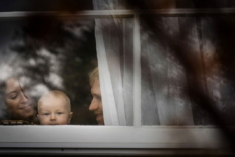 Artistic family portrait photographer Victoria BC