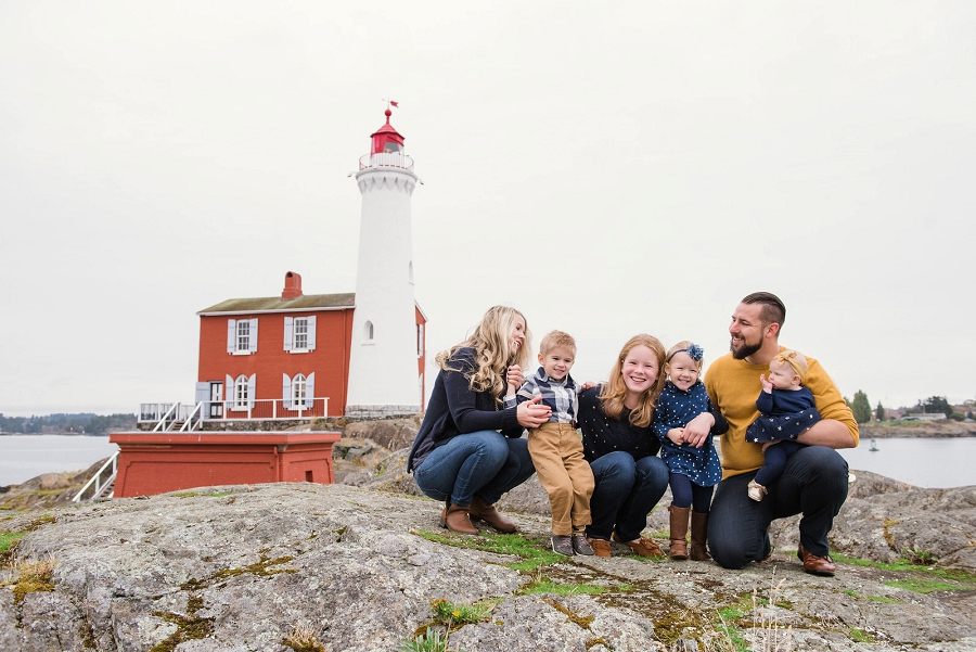 Natural and candid family portraits at Fort Rod Hill in Victoria British Columbia by photographer Christina Craft.