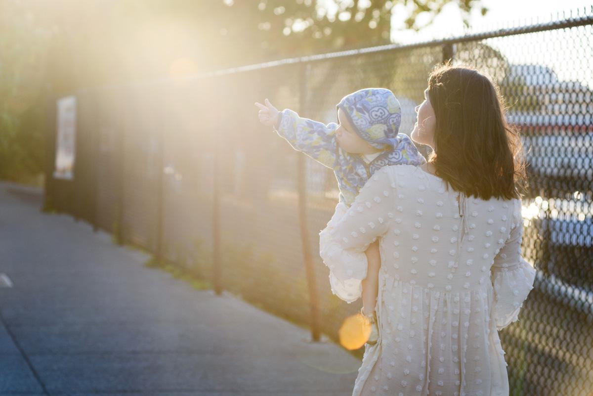 Lifestyle Family Portrait Photographer Victoria BC