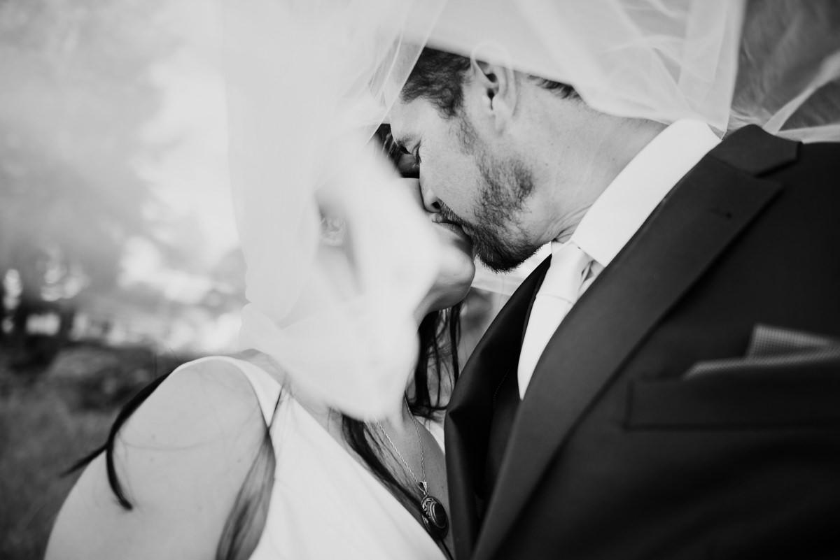 Veil shot wedding photographer black and white